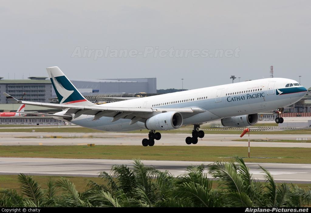 Cathay Pacific B-HLD aircraft at Kuala Lumpur Intl