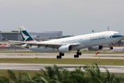 Cathay Pacific B-HLD image