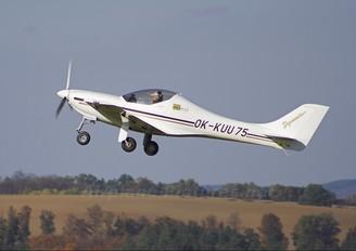 OK-KUU 75 - Západomoravský Aeroklub Třebíč Aerospol WT9 Dynamic