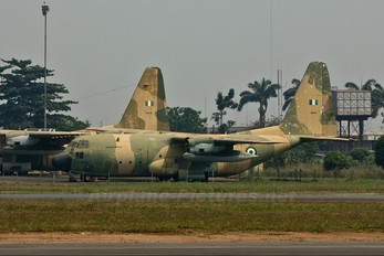 NAF 916 - Nigeria - Air Force Lockheed C-130H Hercules
