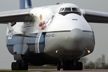 RA-82080 - Polet Flight Antonov An-124
