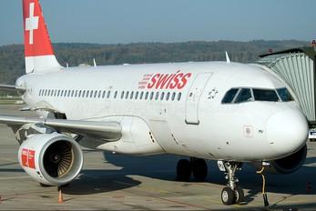 HB-IPU - Swiss Airbus A319