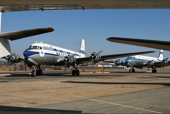 ZS-AUA - Skyclass Douglas DC-4
