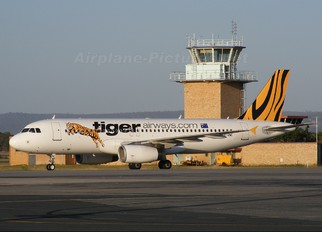 VH-VNC - Tiger Airways Airbus A320