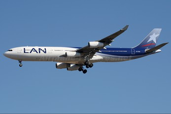 CC-CQA - LAN Airlines Airbus A340-300