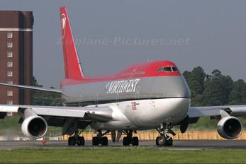 N666US - Northwest Airlines Boeing 747-400