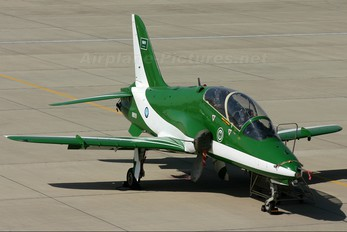8809 - Saudi Arabia - Air Force: Saudi Hawks British Aerospace Hawk 65 / 65A