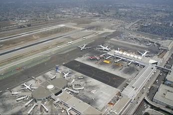 - - - Airport Overview - Airport Overview - Overall View