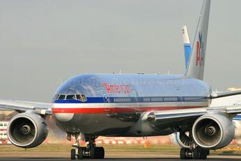 N759AN - American Airlines Boeing 777-200ER