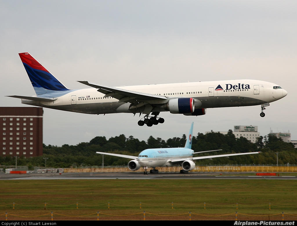 Delta Airlines 777