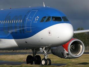 G-DBCD - BMI British Midland Airbus A319