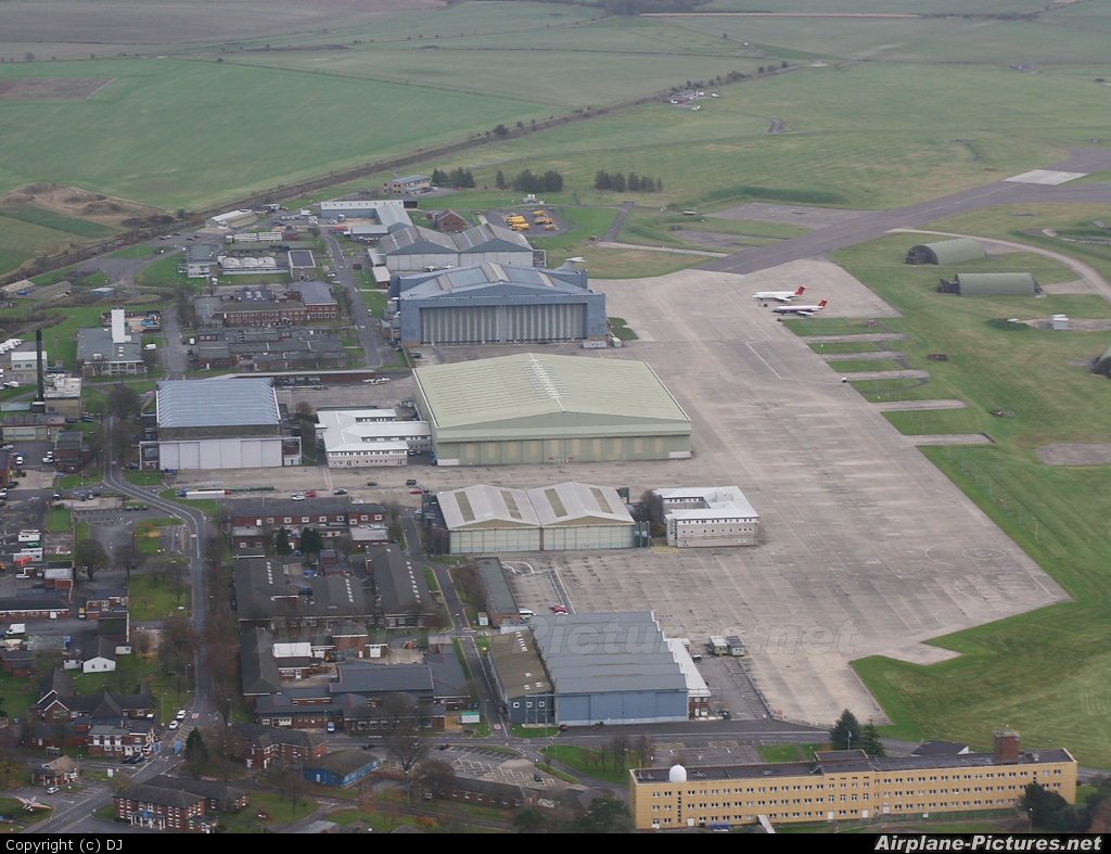 - Airport Overview - aircraft at Boscombe Down