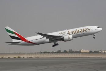 A6-EMG - Emirates Airlines Boeing 777-200ER