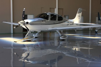 ZS-CDM - Private Cirrus SR22