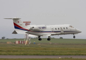 TC-MEN - Turkmen Air Learjet 60