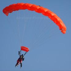 - - Private Parachute Parachute - tandem