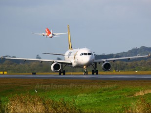 VH-VNF - Tiger Airways Airbus A320