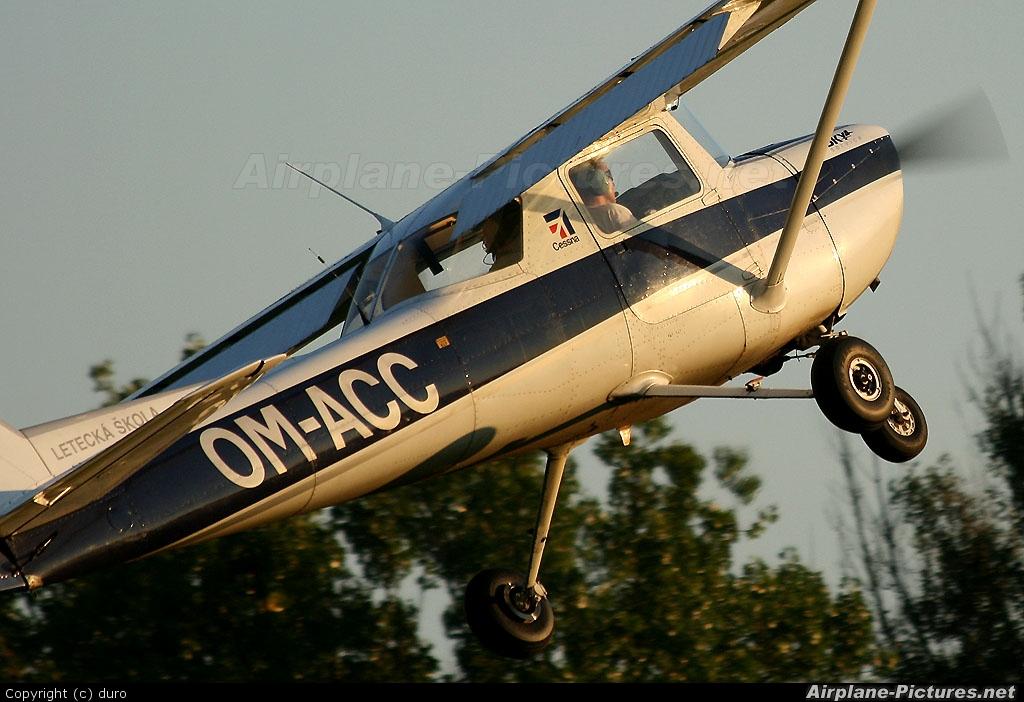 SKY Service (Czech) OM-ACC aircraft at Očová