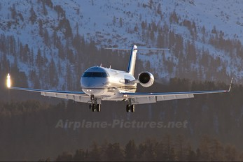 VP-BCI - Air Independence Canadair CL-600 CRJ-200