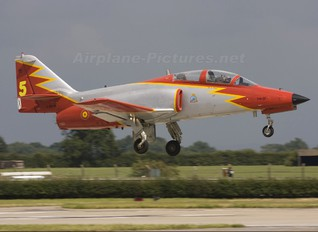 E.25-01 - Spain - Air Force : Patrulla Aguila Casa C-101EB Aviojet