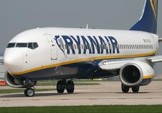 EI-DCJ - Ryanair Boeing 737-800