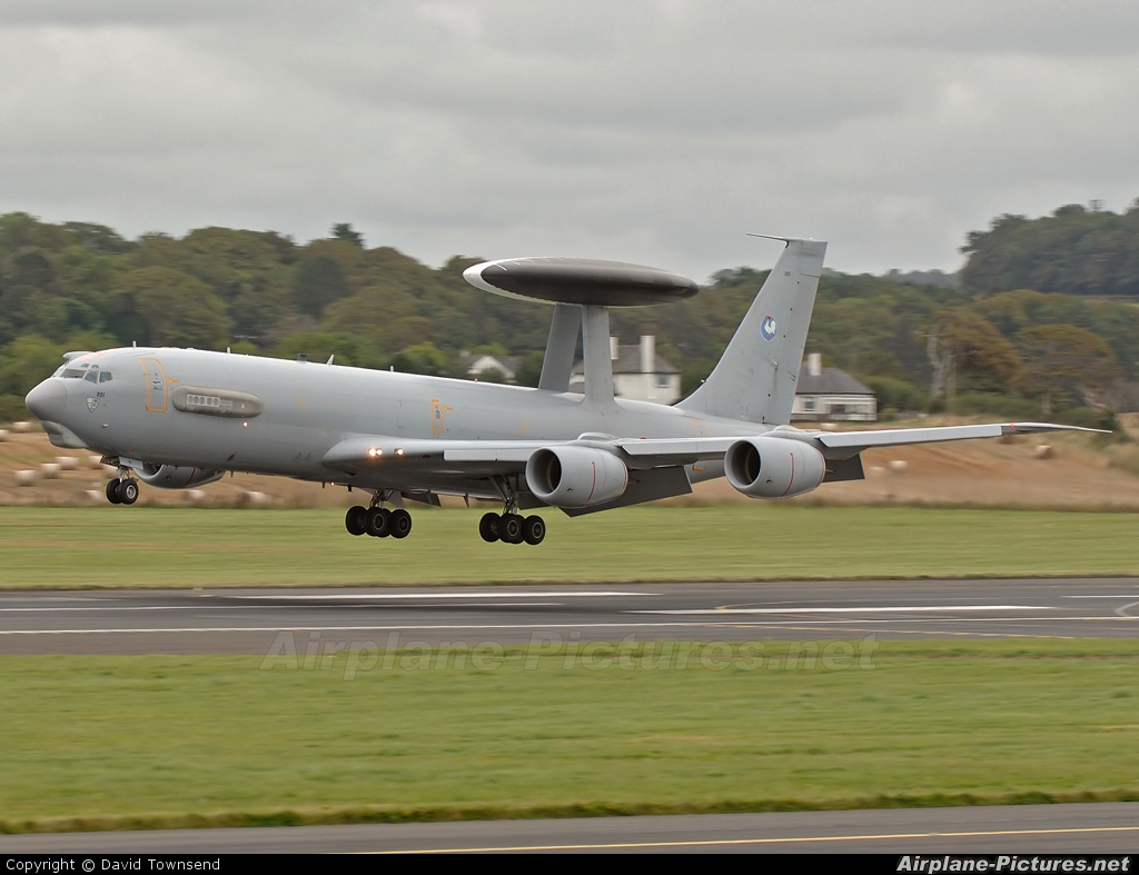 France - Air Force 201 aircraft at Prestwick