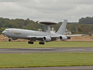 201 - France - Air Force Boeing E-3F Sentry