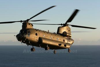 ZA670 - Royal Air Force Boeing Chinook HC.2