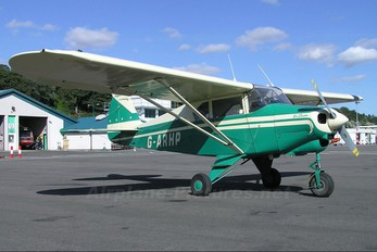G-ARHP - Private Piper PA-22 Tri-Pacer