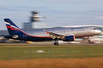 VP-BWF - Aeroflot Airbus A320