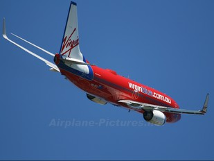 VH-VUJ - Virgin Blue Boeing 737-800