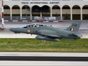 ZK139 - India - Air Force British Aerospace Hawk 132