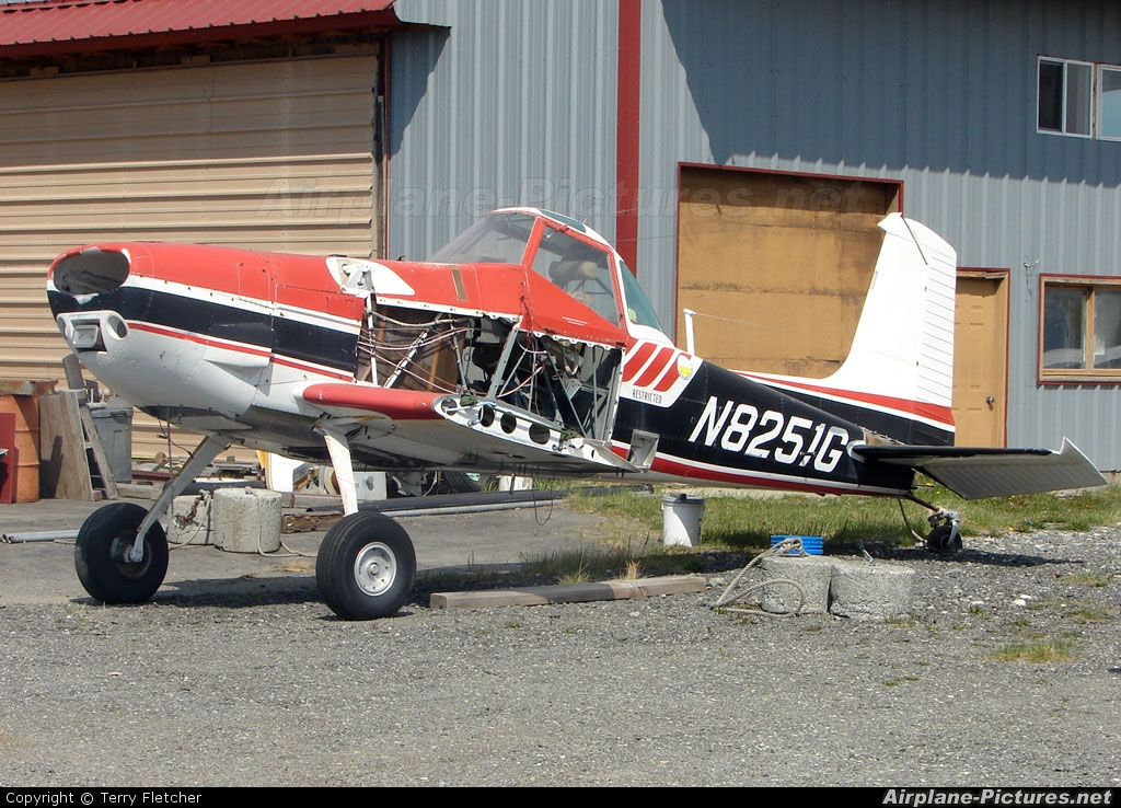 Private N8251G aircraft at Anchorage - Lake Hood