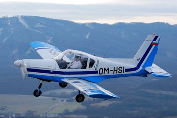 OM-HSI - Slovensky Narodny Aeroklub Zlín Aircraft Z-42M