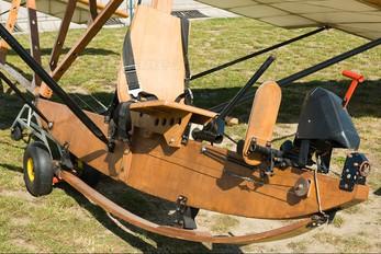 OM-5619 - Private Zlín Aircraft Z-23 Honza replica
