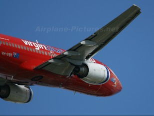 VH-VBT - Virgin Blue Boeing 737-700