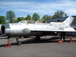 0813 - Czechoslovak - Air Force Mikoyan-Gurevich MiG-19P