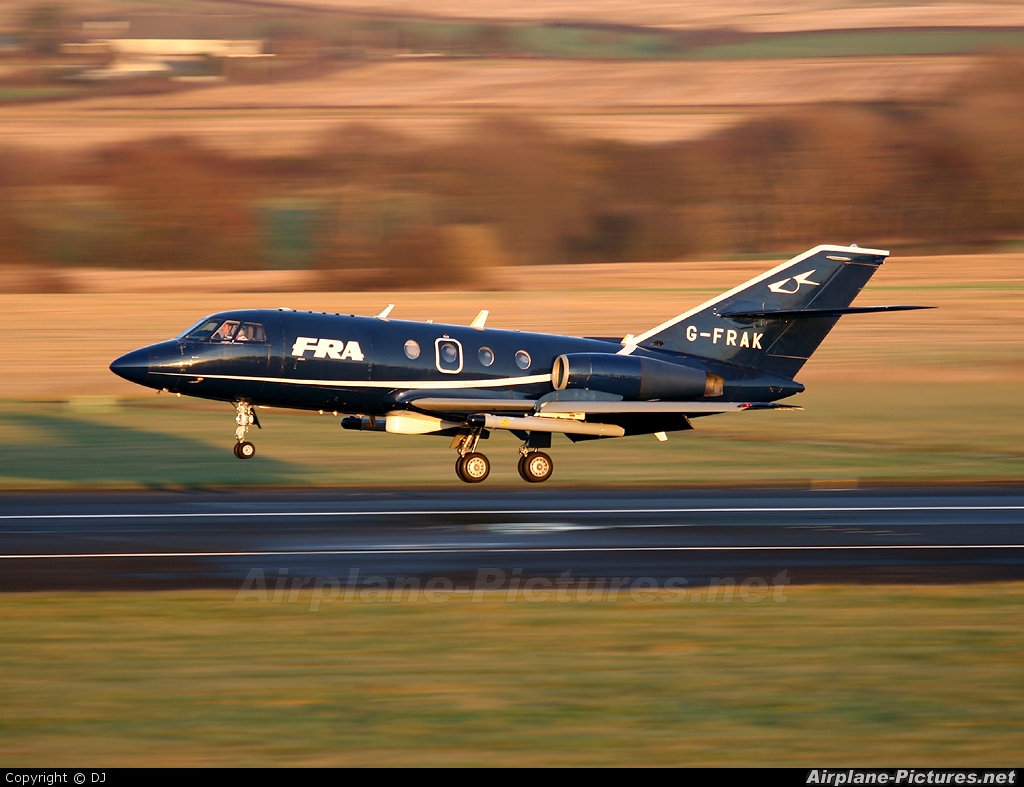 g frak fr aviation dassault falcon 20 at prestwick. Black Bedroom Furniture Sets. Home Design Ideas