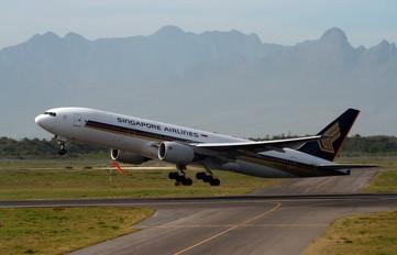 9V-SVC - Singapore Airlines Boeing 777-200ER