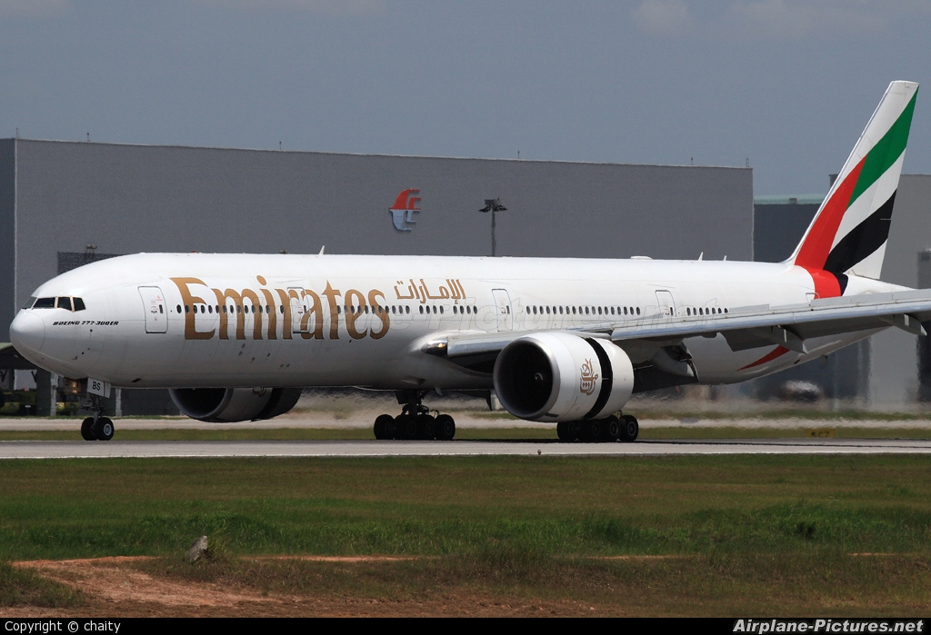 A6-EBS - Emirates Airlines Boeing 777-300ER at Kuala ... - photo#4