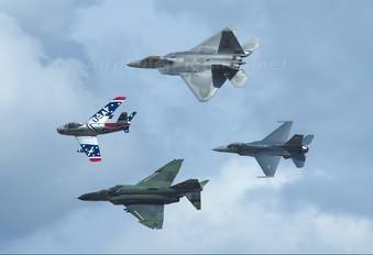 03-4024 - USA - Air Force Lockheed Martin F-22A Raptor