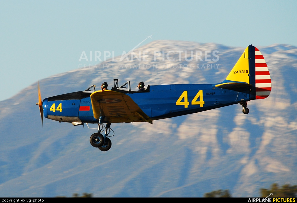Private N641BP aircraft at Camarillo