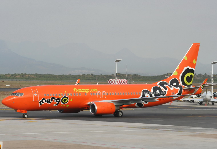 Zs Sjh Mango Boeing 737 800 At Cape Town Intl Photo Id 10499 Airplane Pictures Net