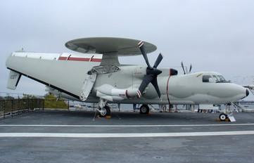 161227 - USA - Navy Grumman E-2C Hawkeye