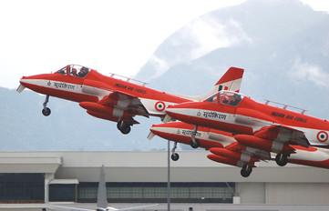 - - India - Air Force Hindustan HJT-16 Kiran II