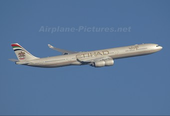 A6-EHF - Etihad Airways Airbus A340-600