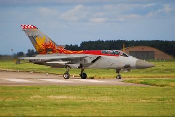 ZE735 - Royal Air Force Panavia Tornado F.3