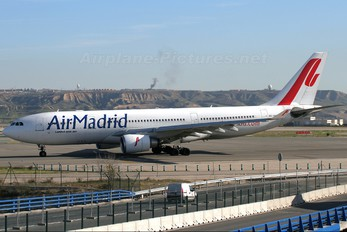 EC-IYN - Air Madrid Airbus A330-200