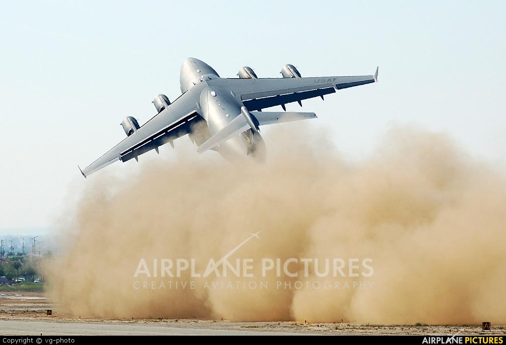 USA - Air Force 05-5141 aircraft at March JARB