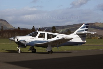 G-BPTG - Private Rockwell Commander 112